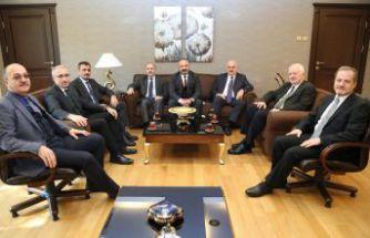 Rektör Zeybek Doğu Karadeniz Rektörler Toplantısı'na katıldı
