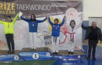Taekwondoncularımız yarı finalde