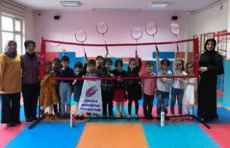 Anaokulunda badminton