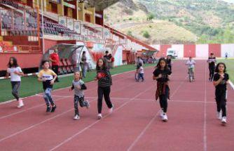 Tedbirli atletizm antrenmanları başladı