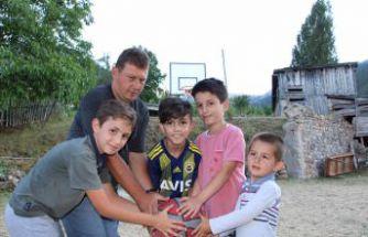 Çocukların 'Pota' isteğini Gençlik Spor geri çevirmedi