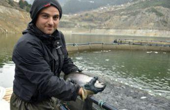 12 bin nüfuslu ilçeden milyon nüfuslu ülkelere balık ihraç ediliyor