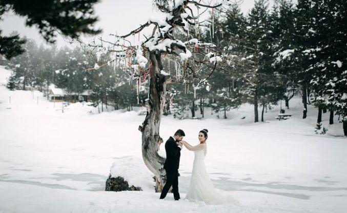 Eroğlu çiftinden sıradışı düğün albümü