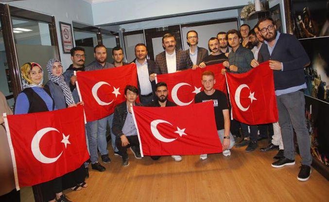 AK Gençlik'ten Barış Pınarı Harekâtına destek açıklaması