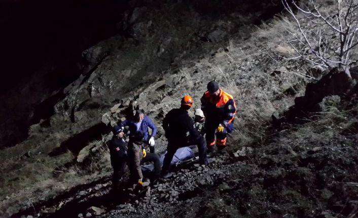 Kürtün'de trafik kazası: 2 ölü