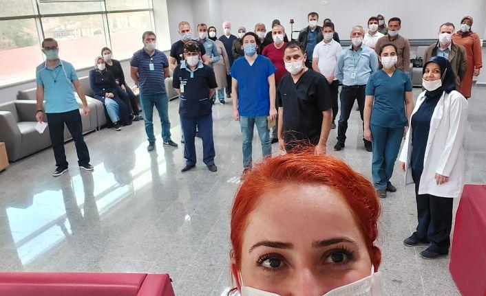 Gümüşhane Devlet Hastanesi uzman doktorlarından örnek davranış