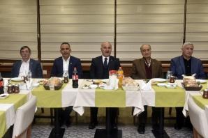 Başkan Aygün gazetecilerle buluştu