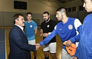 Başkan Çimen'den hentbol takımına ziyaret