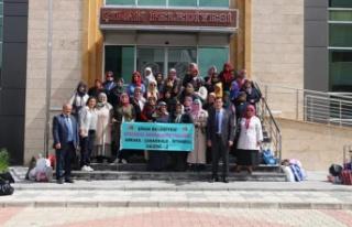 Şiranlı kadınlar Çanakkale'yi gezdi