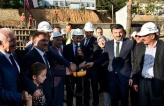 Başbakan Yardımcısı Fikri Işık Gümüşhane'de