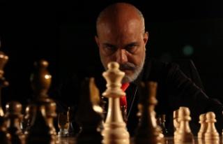 Ünlü Oyuncu Barbaros Levent Seçkin Gümüşhane...