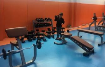 Fitness ve bilardo salonu açıldı