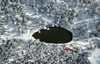 Limni Gölü beyaz cenneti andırıyor
