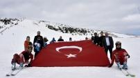 Doğu Karadeniz'in tek kayak merkezi Zigana'da sezon açıldı