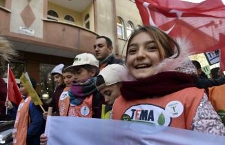 TEMA Vakfından Gümüşhane'de 'Toprağını koru, iklimini koru' yürüyüşü