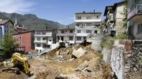 Tehlike altındaki evler boşaltıldı