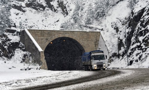 Zigana'da kar kalınlığı 10 cm'yi geçti