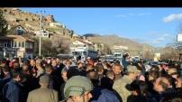 Kazalar da yol da bir türlü bitmeyince Tekke köylüleri karayolunu kapattı