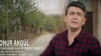 Onur Akgül - Aşağıdan Gelir Omuz Omuza