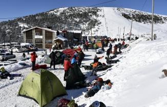 Türkiye Dağcılık Federasyonu Kış Dağcılık Eğitim kampı Zigana dağında yapılıyor